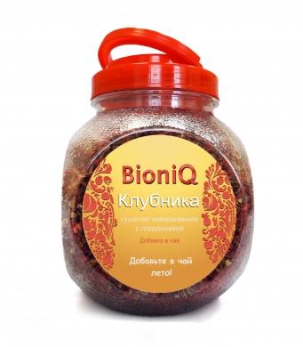 Клубника измельченная BioniQ с плодоножкой, 200гр